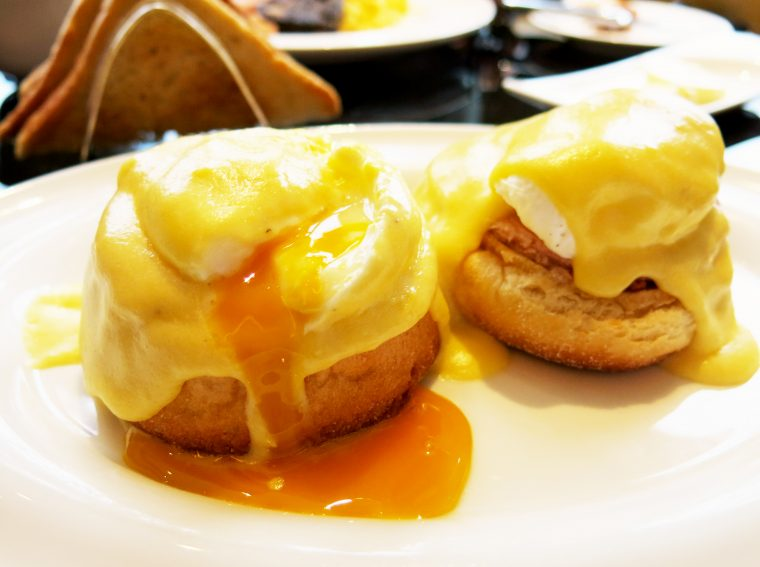 St James's Hotel and Club - Eggs Benedict