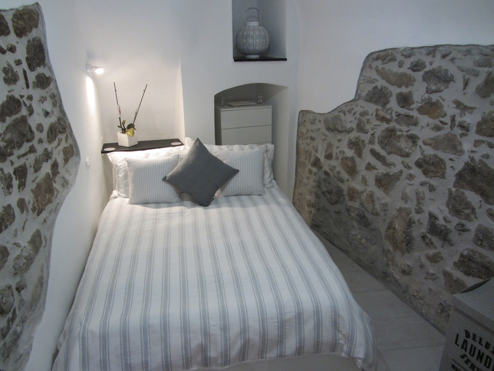 Liguria Holiday Homes - 2nd bedroom