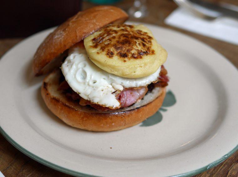 Mac and Wild Breakfast Scoobie Snack
