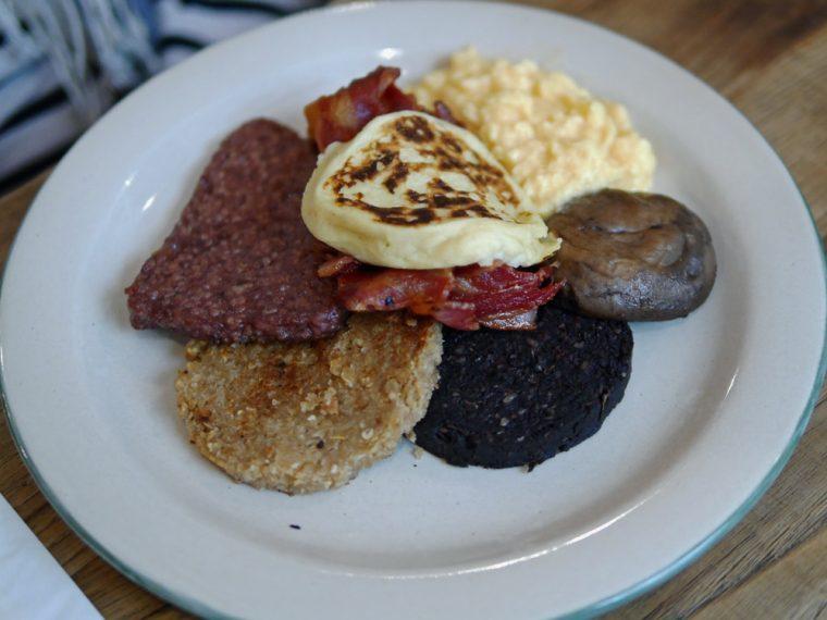 Scottish Breakfast Mac and Wild