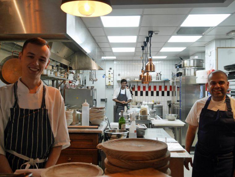 Kitchen Team Bistro Vadouvan