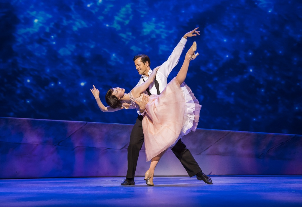 Robert Fairchild (Jerry Mulligan) and Leanne Cope (Lise Dassin) in An American In Paris by George and Ira Gershwin @ Dominion Theatre. Directed and Choreographed by Christopher Wheeldon.