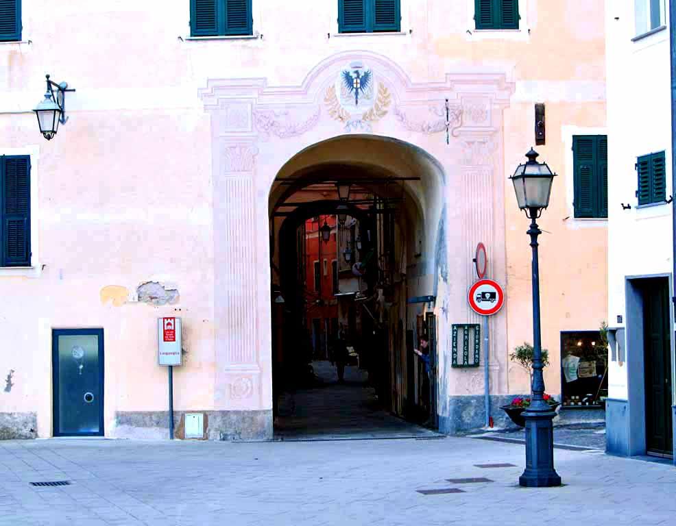 Liguria Holiday Homes - Near Alessio
