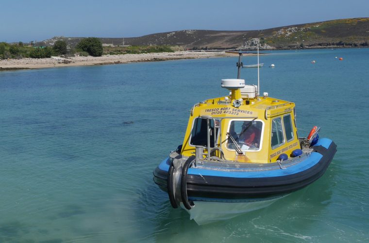 Sailing Tresco 2 Bryer 2