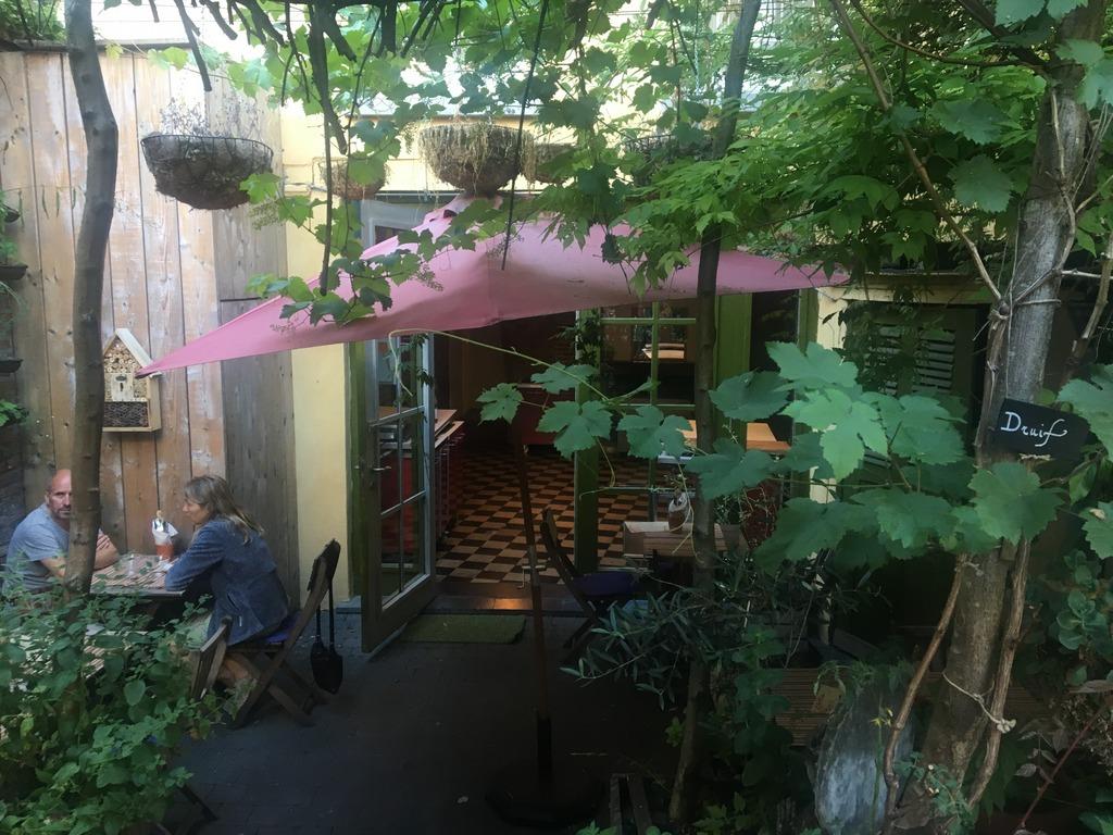 Vegan food, Ghent, Avalon Garden