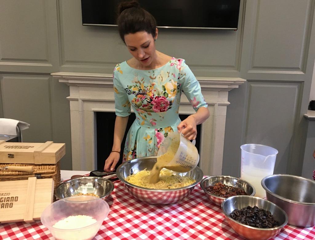 Eleonora Galasso making spagetti - Parmigiano Reggiano P.D.O event