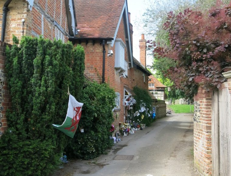 Goring GM Tributes Inntravel