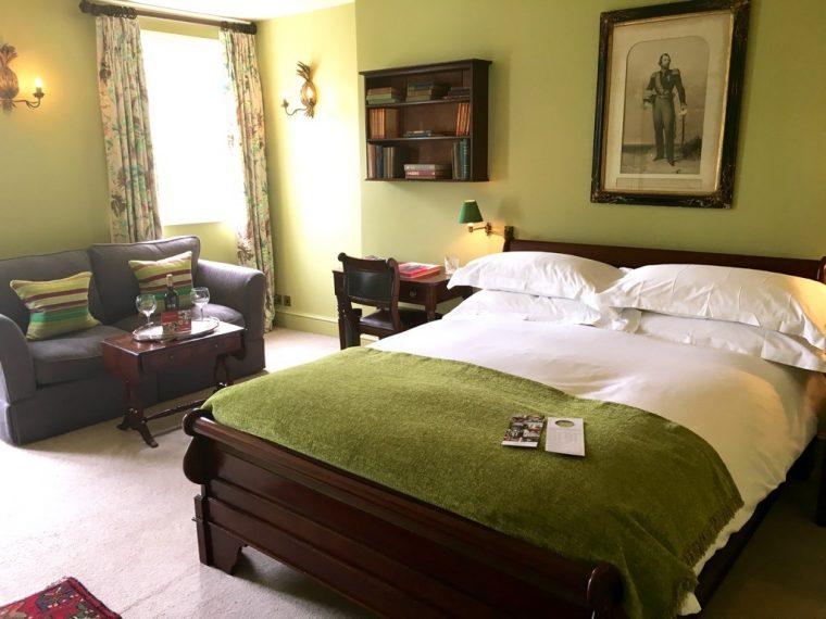 Portobello Hotel bedroom 1
