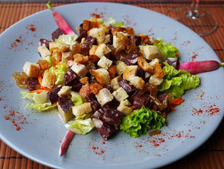 Tarn - Salad with Black Pudding and White Pudding