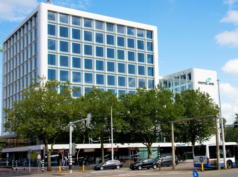 exterior Motel One Amsterdam
