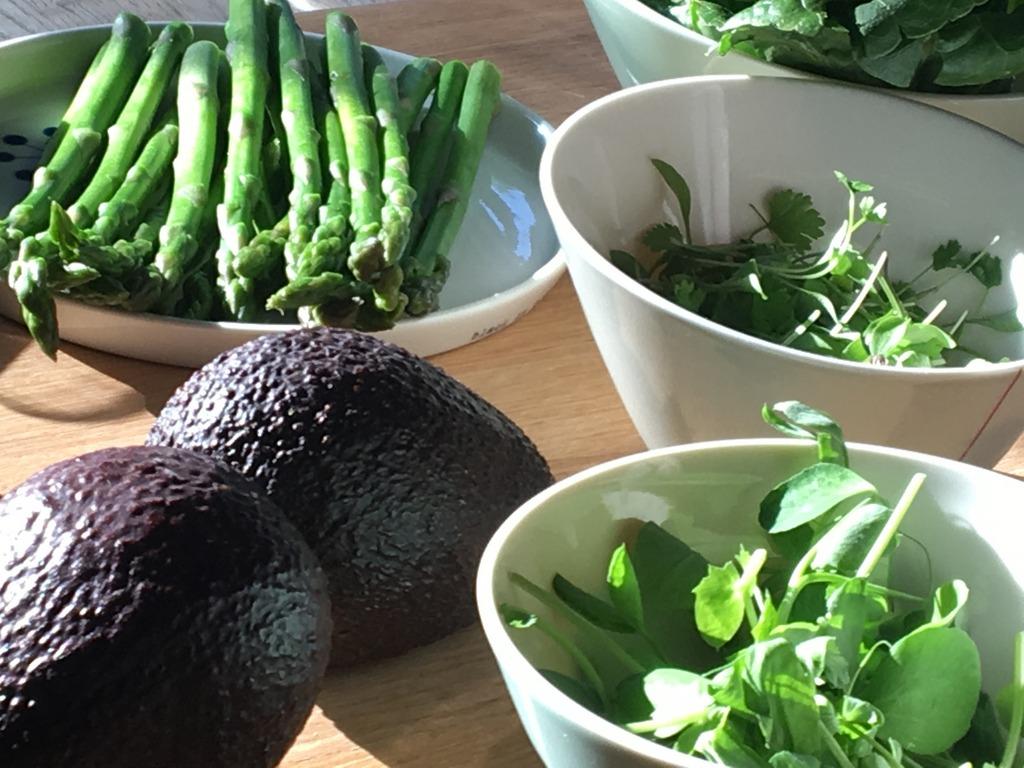 Snaps + Rye - Avocado and veg
