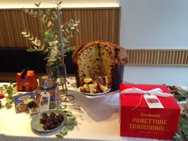 Carluccios Christmas Panettone