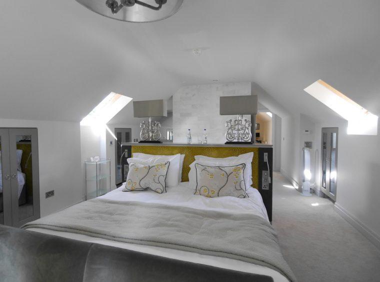 Highbullen Loft room
