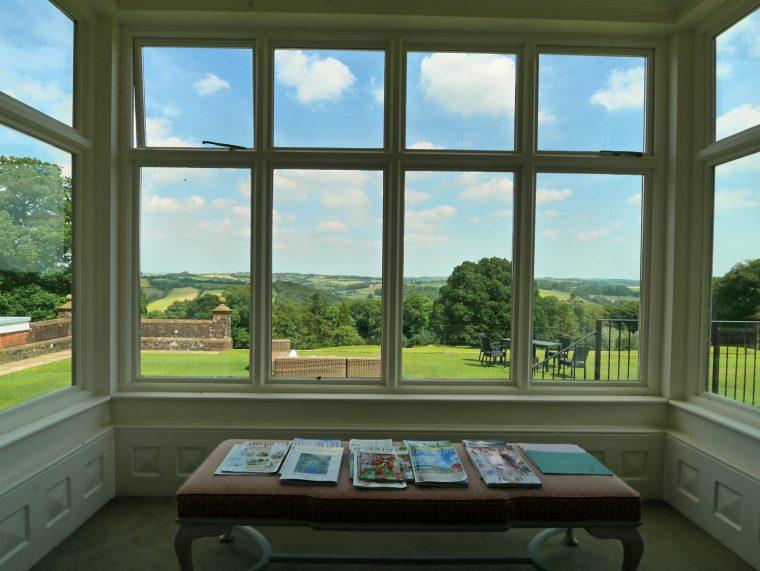 Picture window Highbullen