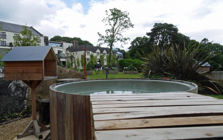 Private hot tub - galgorm