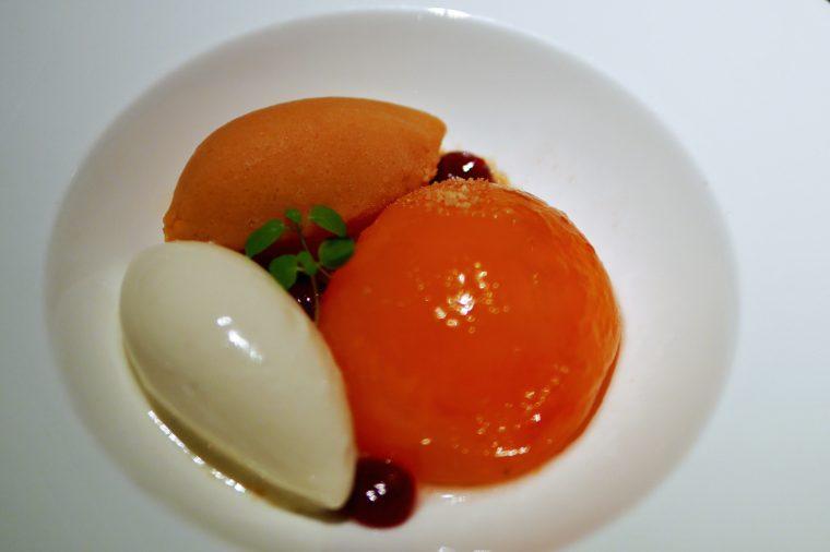 Peaches Pre-dessert One Aldwych Indigo