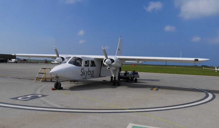 8 Seater Sky bus - Scilly Isles