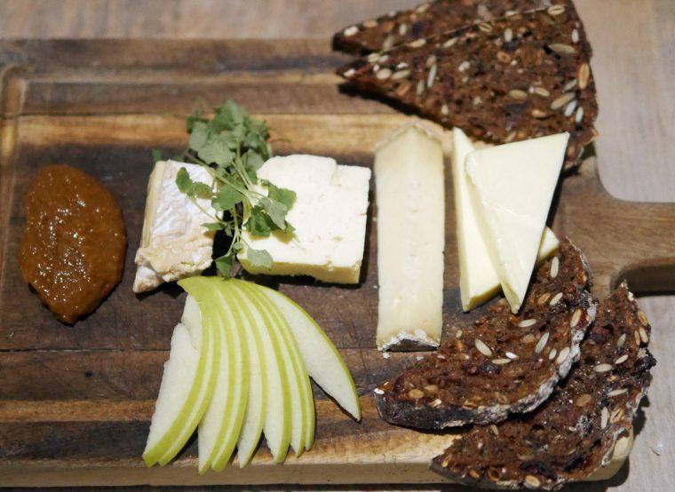 Jar Kitchen Neals Yard Cheese