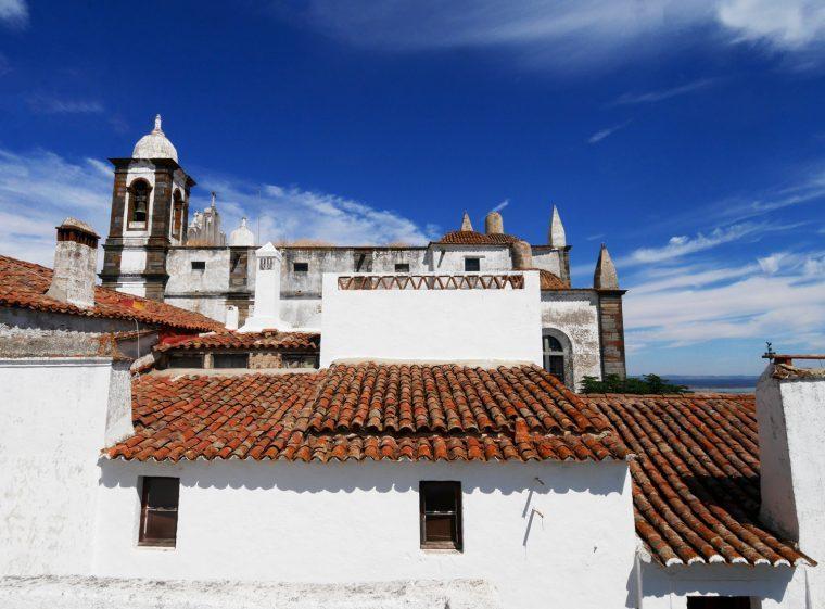 Monsaraz - rooftops
