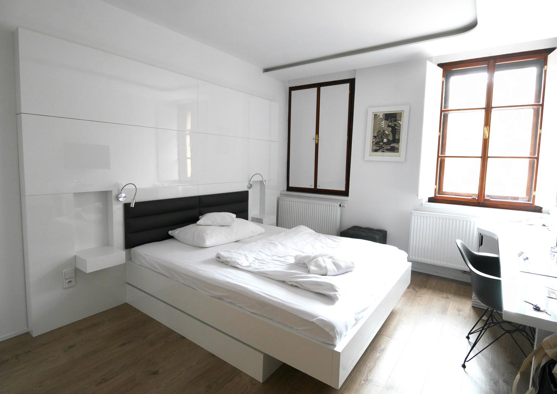 Pardubice - Hotel100 Room