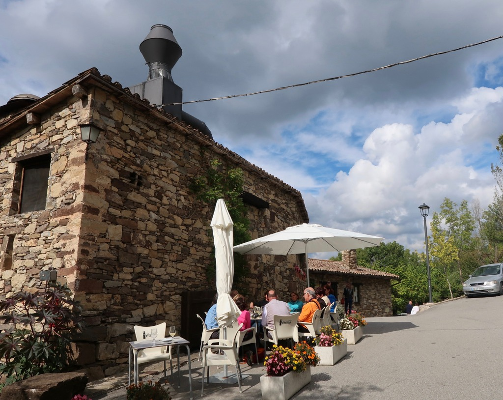 Fussimanya restaurant