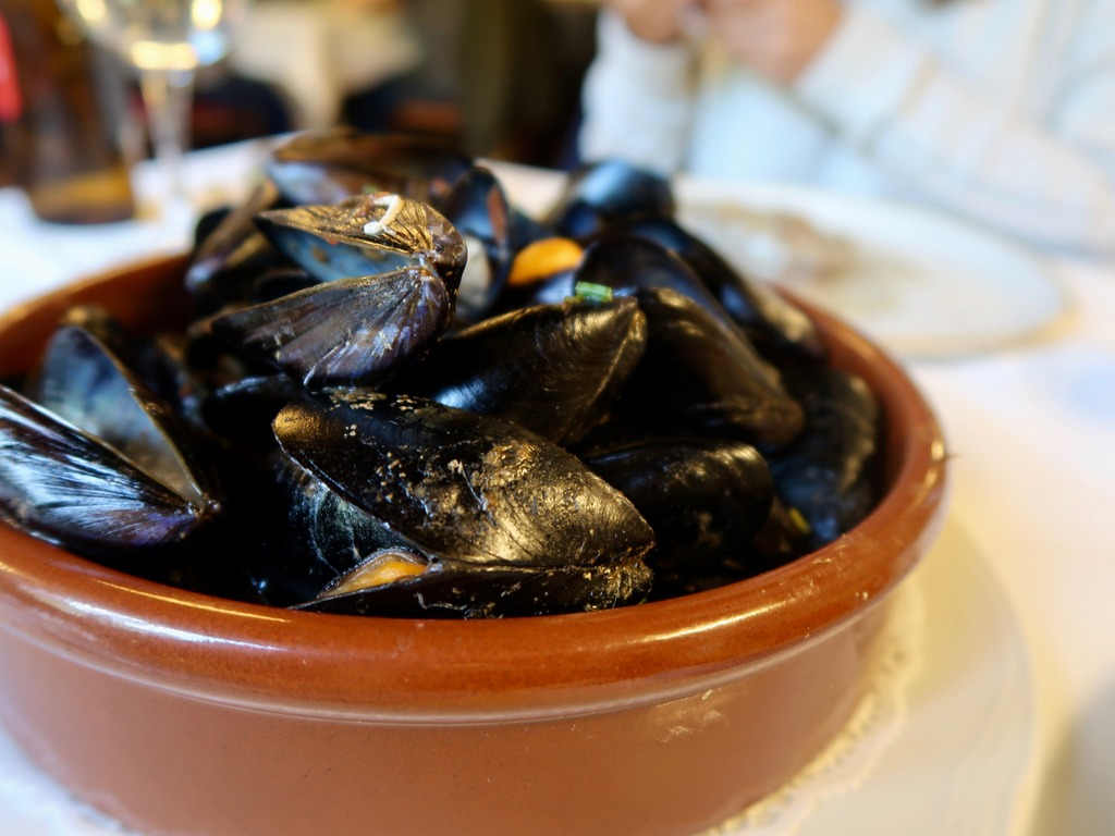Moules marinière at Fussimanya