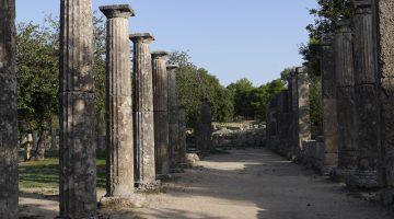 The picturesque port hiding ancient treasures – Katakolon, Greece