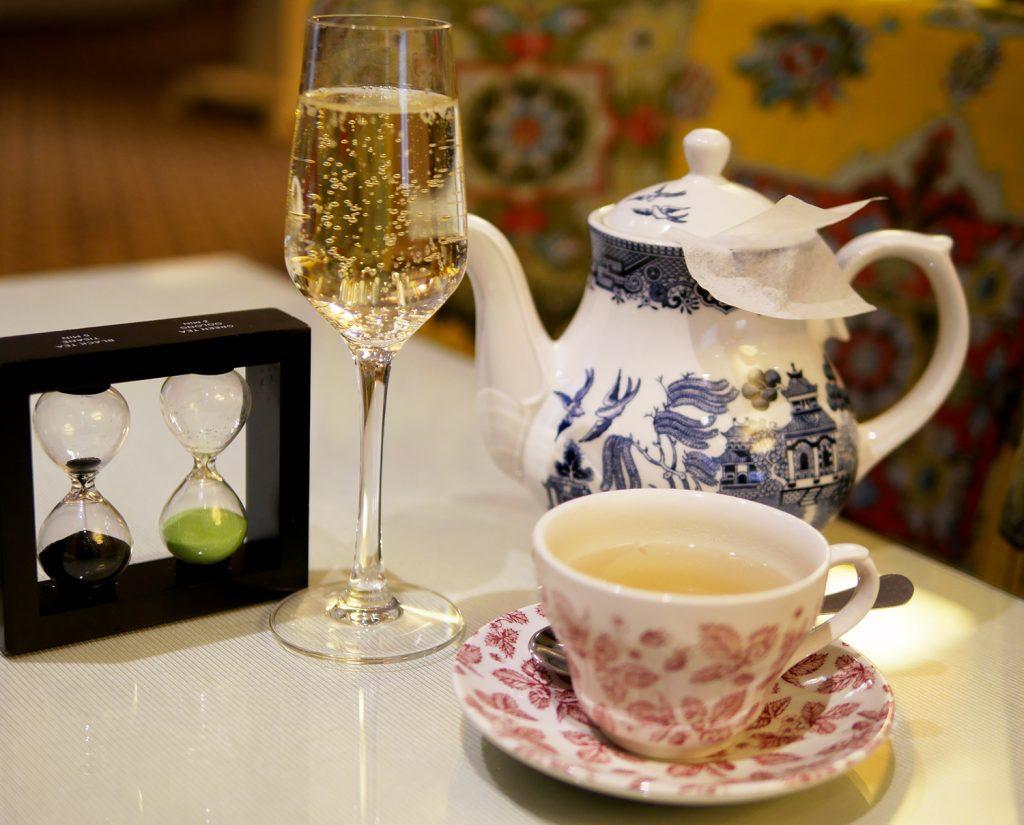 Tea and Prosecco