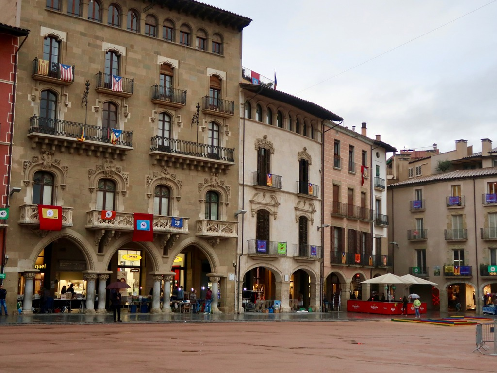 Vic - Plaça Major