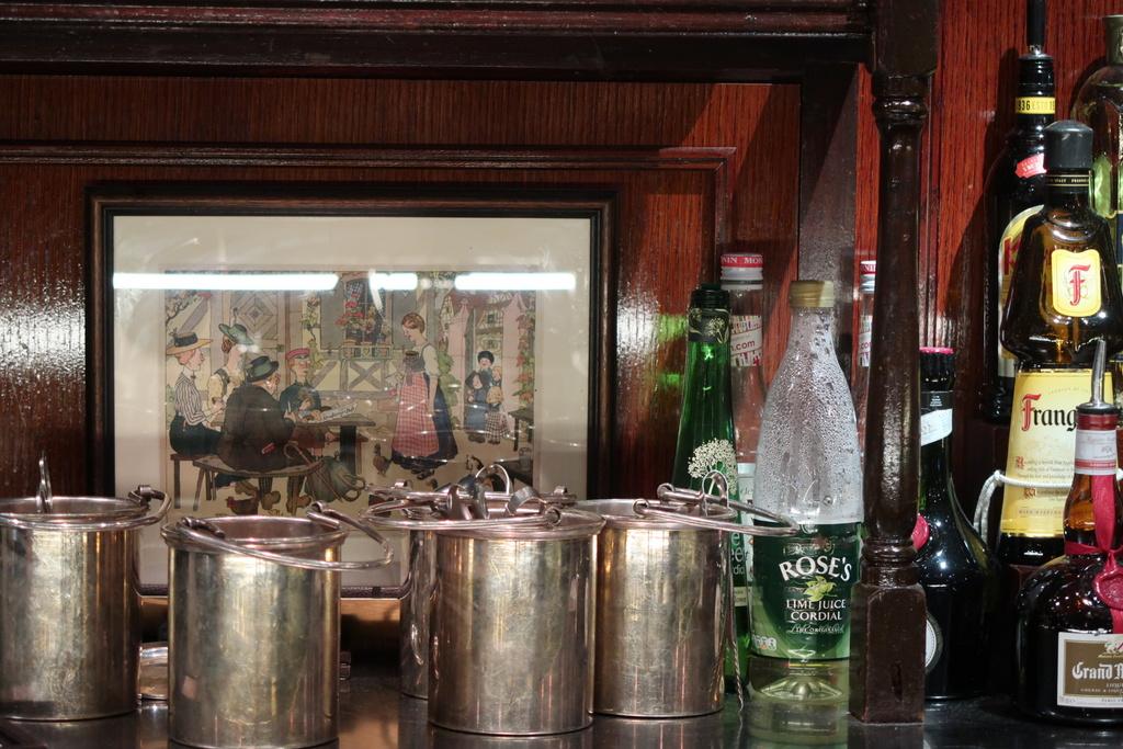 Bar at Bellanger