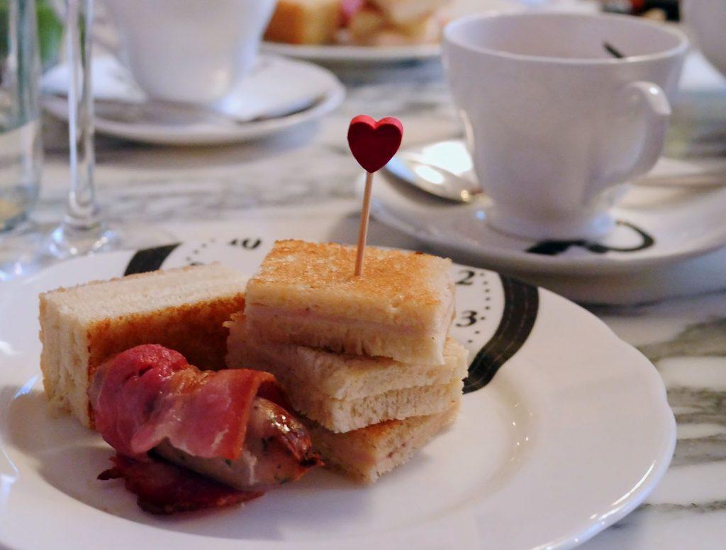 Festive afternoon tea Sanderson - Savouries