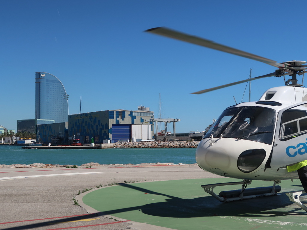 We Barcelona 360º Premium Tour - helicopter port