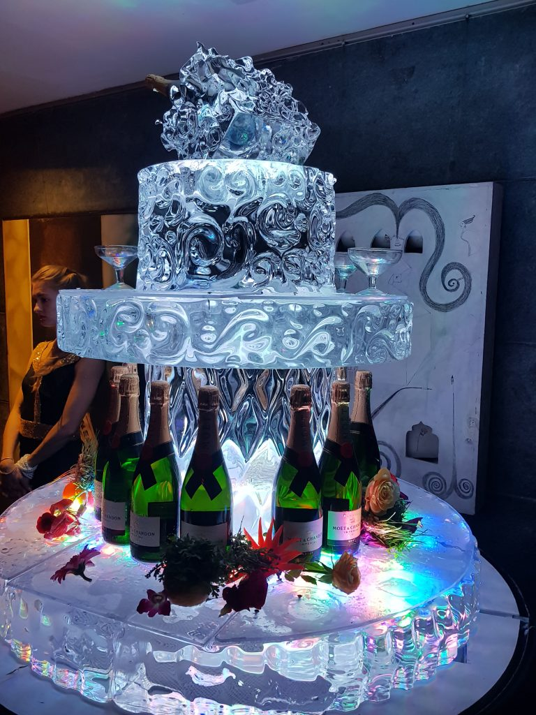 THE Park Hotels Kolkata - Champagne On Ice