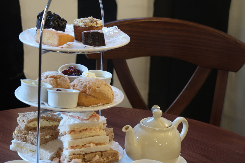 Stratford Hathaway Tea Rooms cream tea