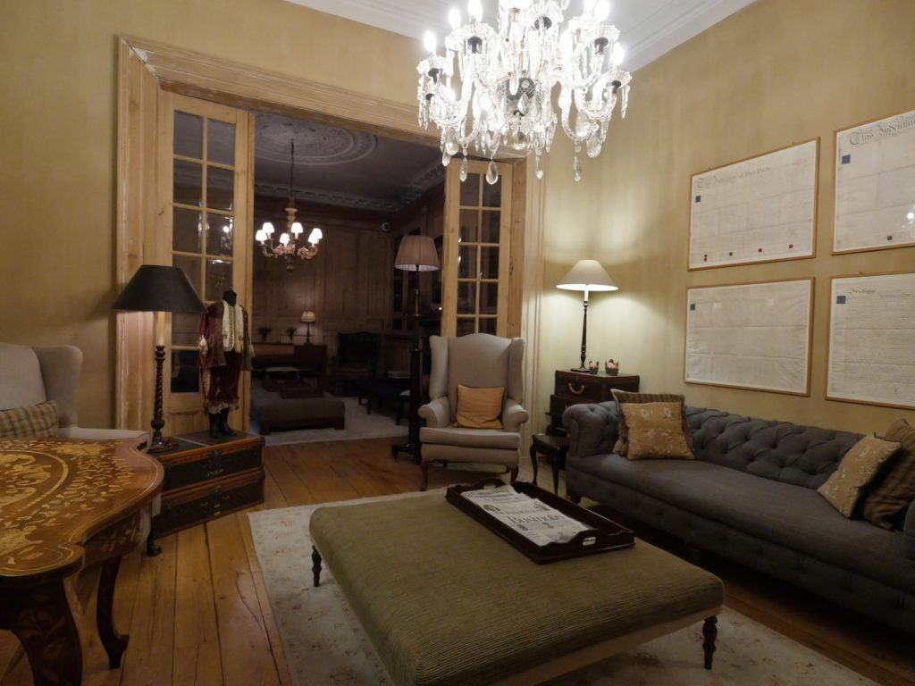 Pand Hotel Lounge