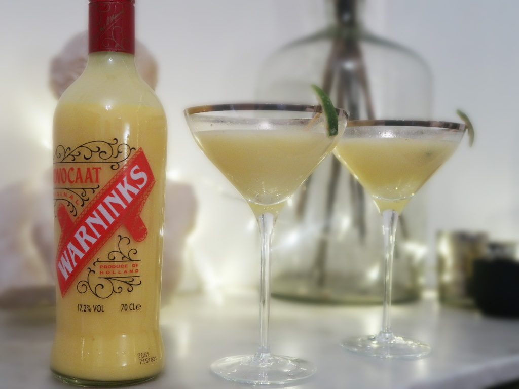 Warninks-Advocaat-Snowball-cocktails