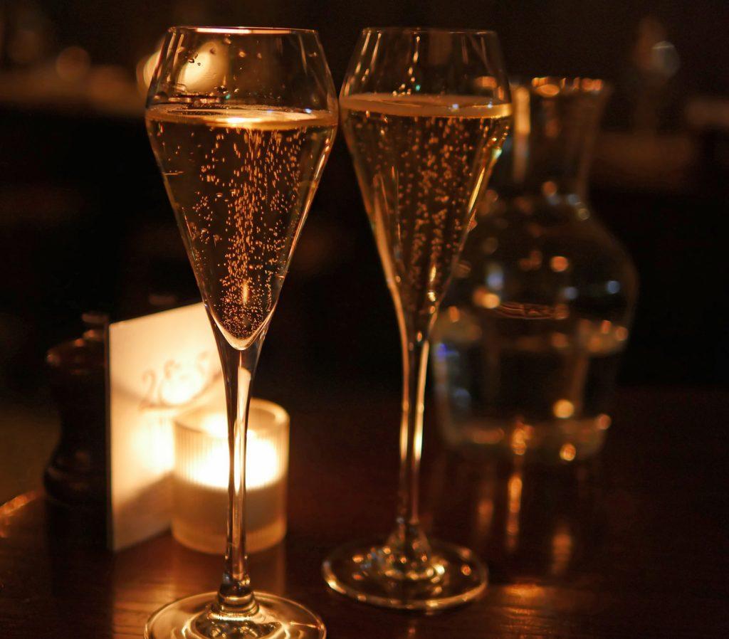 28-50 maddox Street Champagne