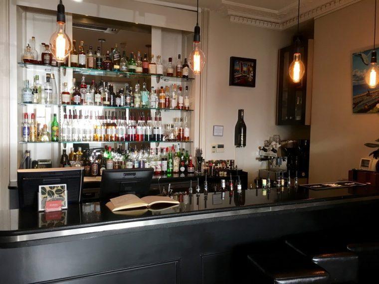 Drakes bar