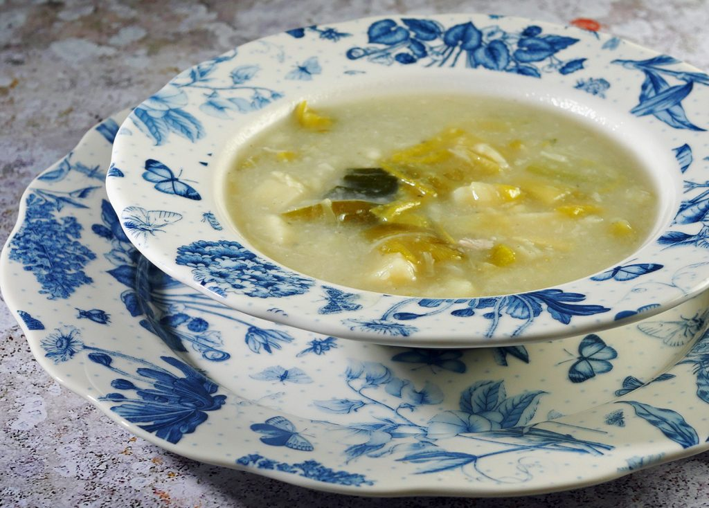 Low-Calorie Leek and potato soup 2