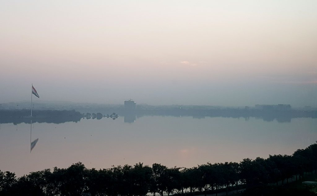 THE Park Hotel India Lake Sunrise