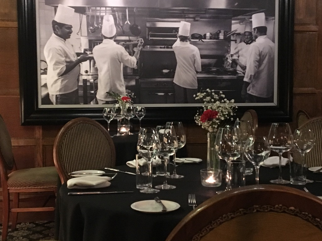 Ye Olde Bell - dining room