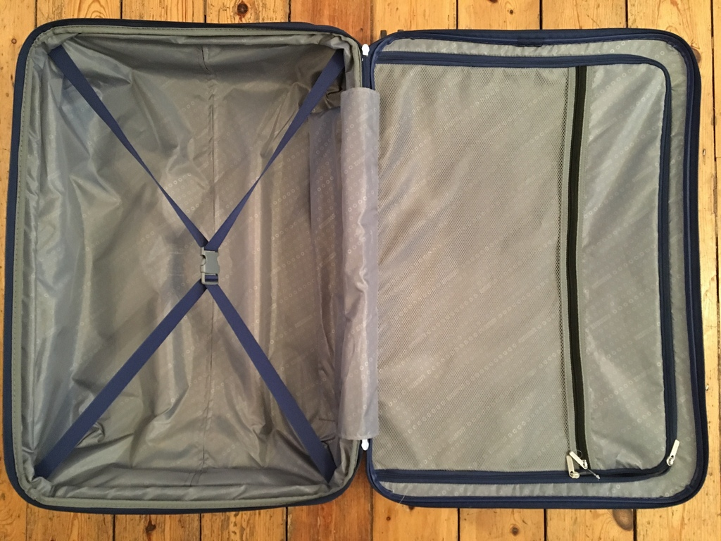 American Tourister Case interior