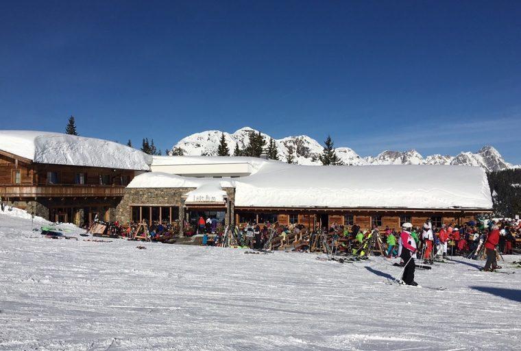 Luis Alm Saalbach Austria - ski in Saalbach