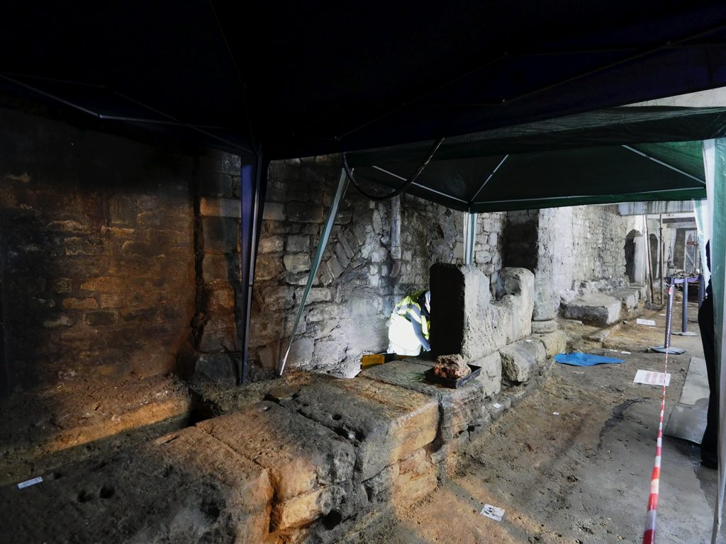Archway Project Bath Spa Roman Baths