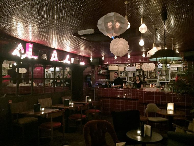 interior of Dirty Bones diner