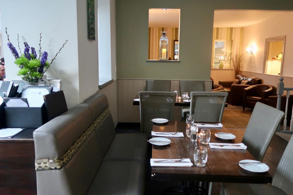 Brasserie Wolfscastle Country Hotel