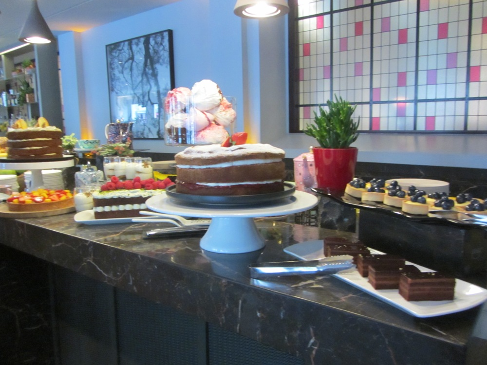 Eastway at Andaz - unlimited dessert - Sunday Brunch