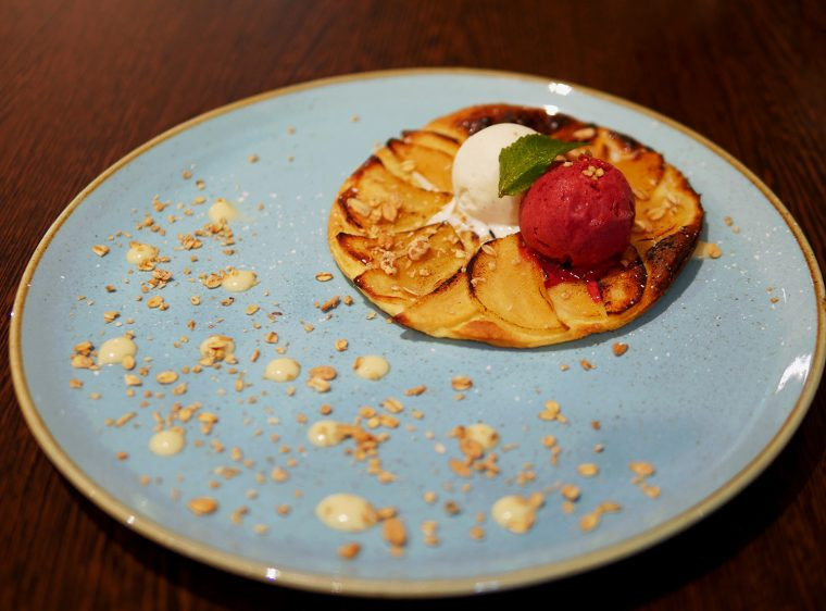 Lincoln White Hart Grille - Apple Tart with Sorbet