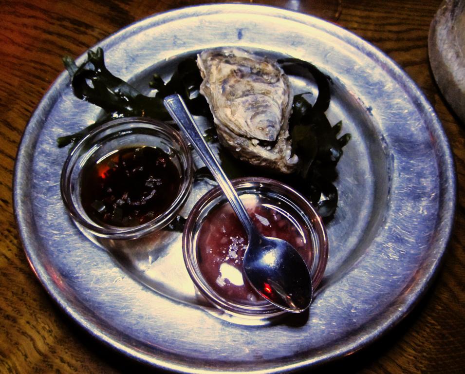 Marks-Bar-oyster