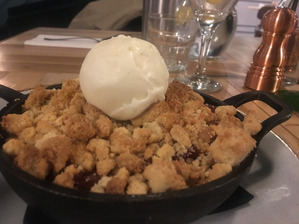 Imperial Arms Kings Road Chelsea - Plum Crumble